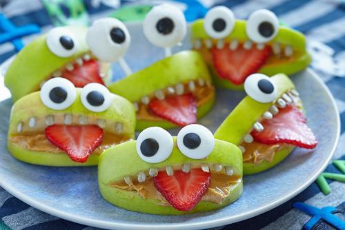 Tips To Keep Halloween Treats Healthy And Fun Kansas City Ymca